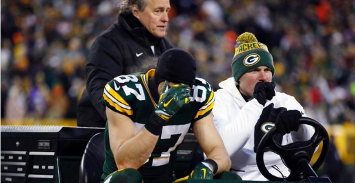 Jordy Nelson is going to try to  play today with a very painful injury