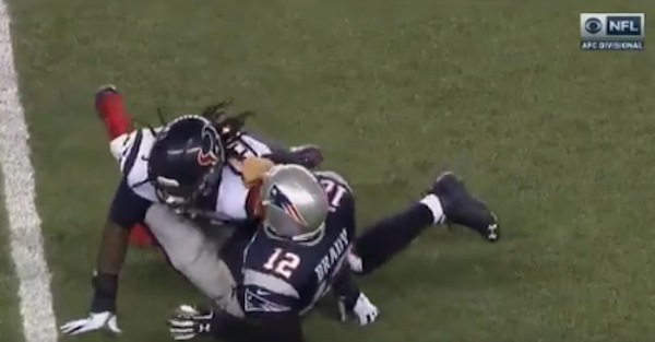 Tom Brady threw a temper tantrum after no-call on perceived late hit by Jadeveon Clowney