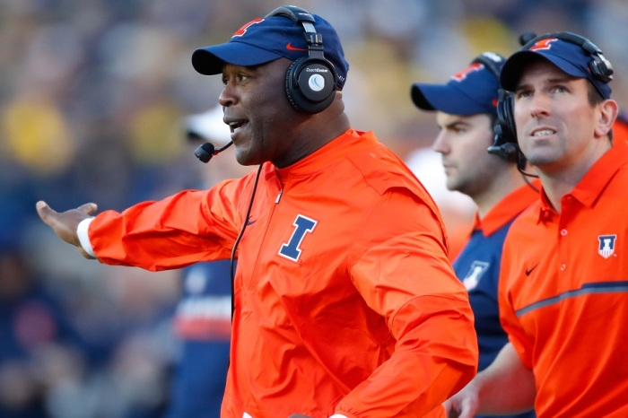 Lovie Smith finds a replacement after firing his OC two days before Christmas