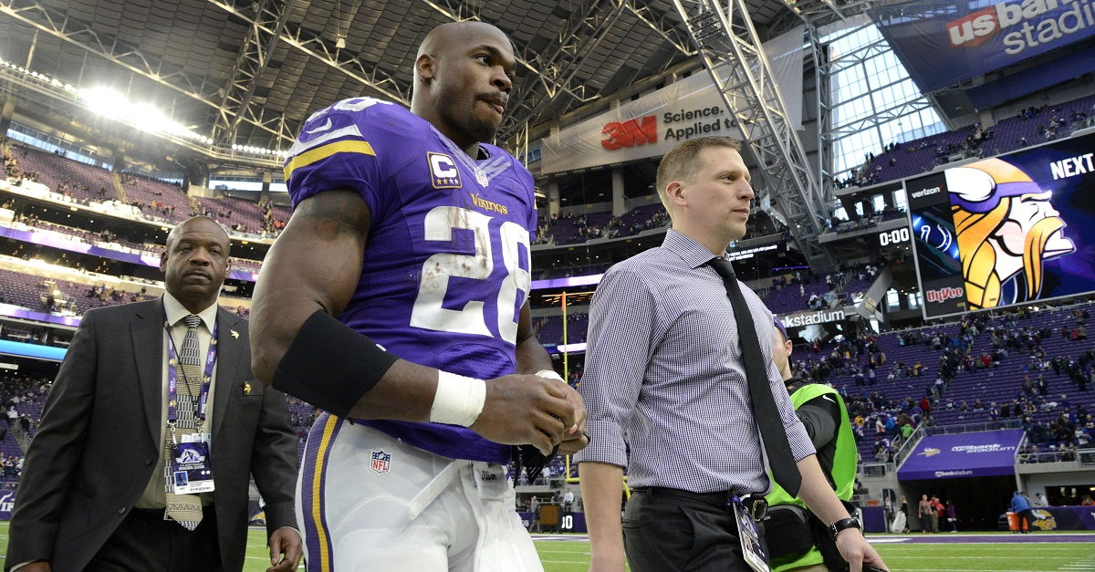 Report: Adrian Peterson has finally signed with a new team
