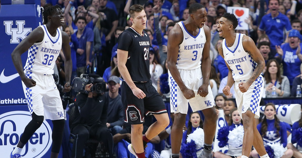 Another Kentucky star declares for NBA Draft, but isn't all the way in