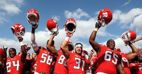 College football transfer postpones major surgery in heroic attempt to help team