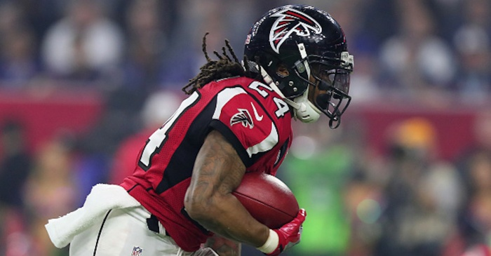 Star RB Devonta Freeman gets an enormous contract from the Falcons
