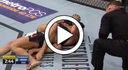 MMA Fighter Poops Herself in the Middle of a Fight