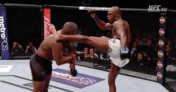 UFC 214: Jon Jones knocks out Daniel Cormier to win light heavyweight title