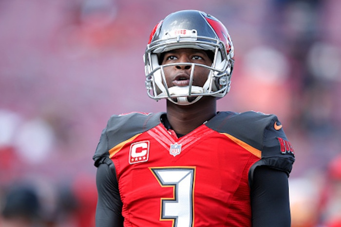 Jameis Winston scolds Bucs teammates after backup quarterback's injury