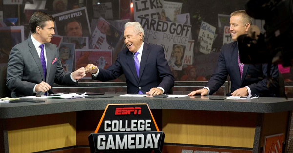 Lee Corso suggests a drastic change to one of college football's biggest rivalries