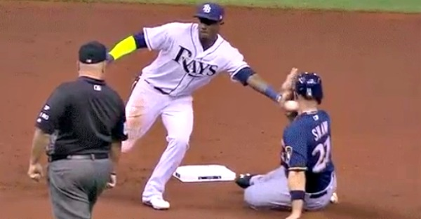 MLB base runner got plunked in the neck with a throw and had to leave the game