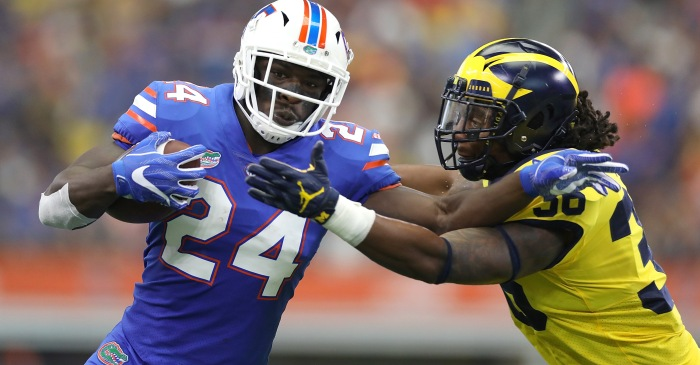 Florida running back critical of team's handling of quarterbacks in season-opener