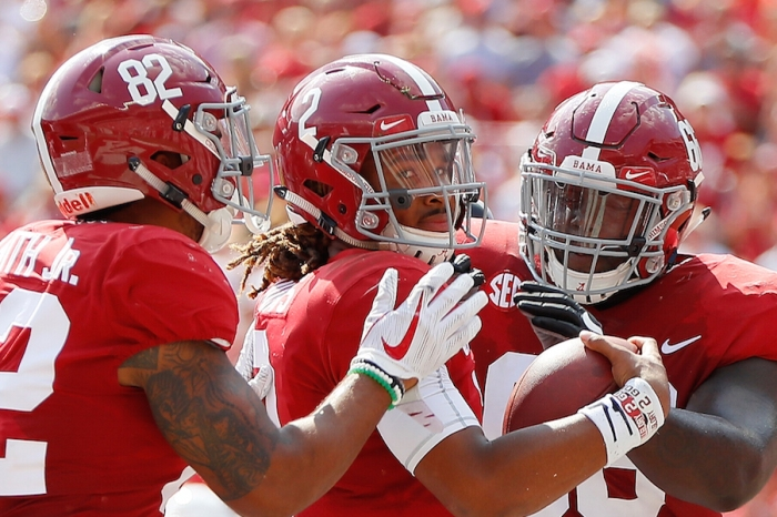 Former Alabama player critiques one-time teammate Jalen Hurts