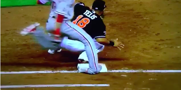 MLB player suffers gruesome ankle injury running through first base