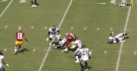 Eagles tackle each other instead of ball-carrier in ridiculous Redskins touchdown run