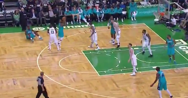 "Celtics announcer made things real uncomfortable by telling a ""shower"" story"