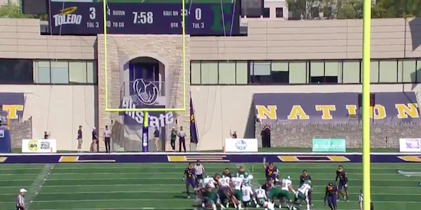 CBS commentator botches field goal attempt call in ridiculous fashion
