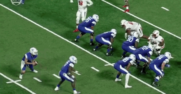 Watch a team score despite the offensive line not blocking at all