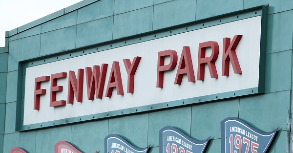 Report: Las Vegas shooter looked into hotels near Fenway Park