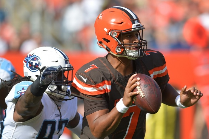 Browns make their third quarterback change in just two weeks