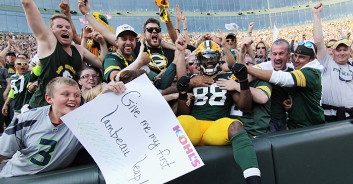 """""""Record"""" reportedly set after five people arrested at Lambeau Field during Monday Night Football"""