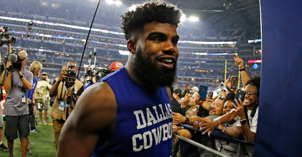 Dallas Cowboys CEO praises and chides Ezekiel Elliott after tumultuous 2017 season