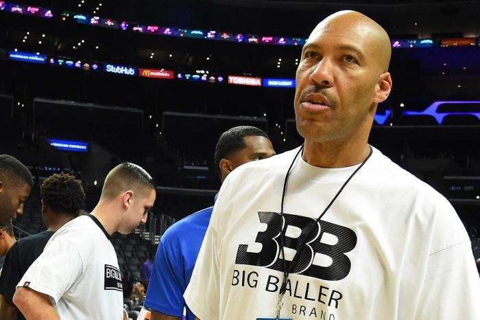 "NBA champion head coach calls latest ESPN story on LaVar Ball controversy a ""disgrace"""