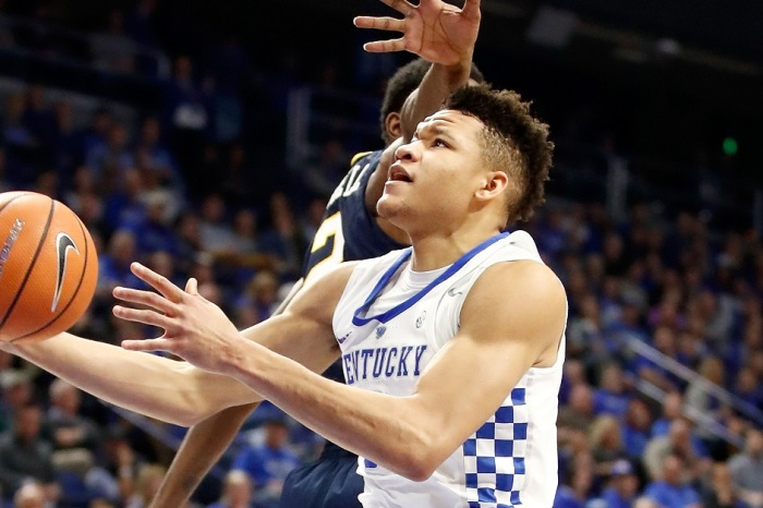 AP Poll Week 3: Kentucky slides after Champions Classic loss