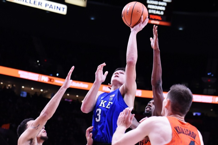 No. 1 Duke makes stunning double-digit comeback against No. 7 Florida