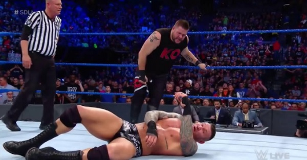 WWE SmackDown Live results: Owens-Orton main event, dissension between Daniel Bryan and Shane McMahon?