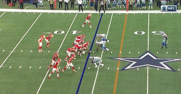 Chiefs scored a touchdown on the Cowboys to end the half in the dumbest play ever