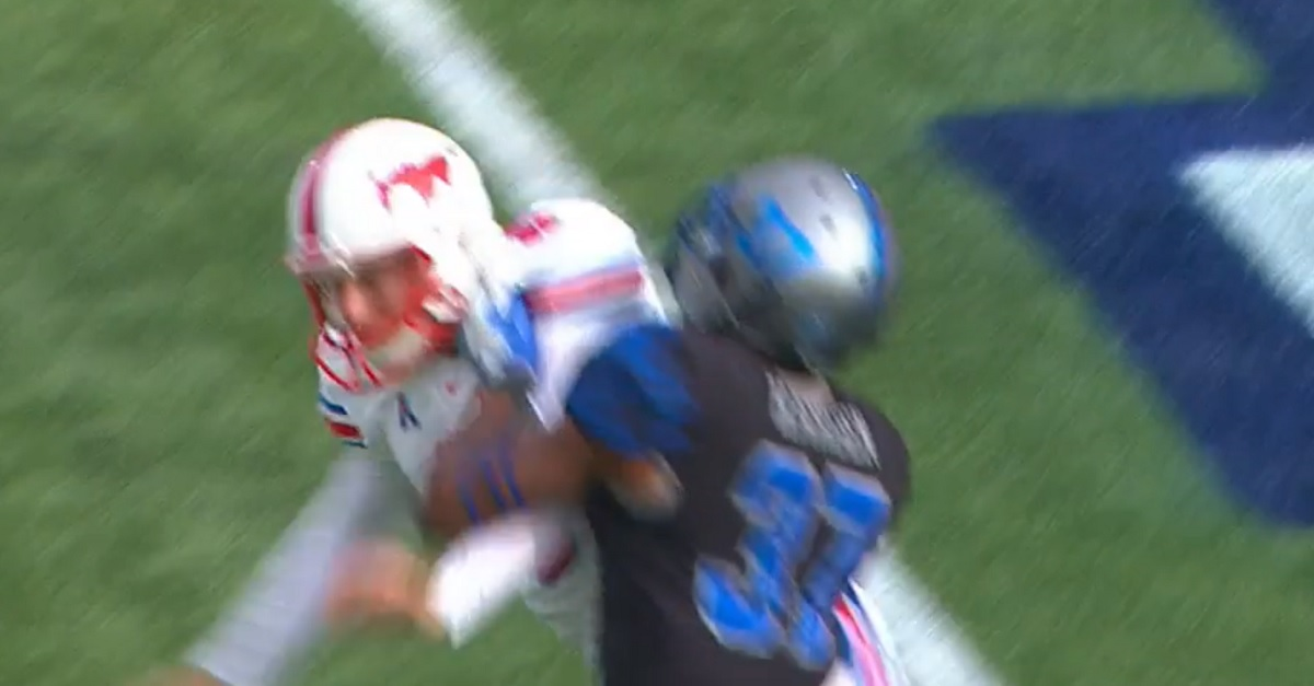This targeting call is a complete embarrassment to college football