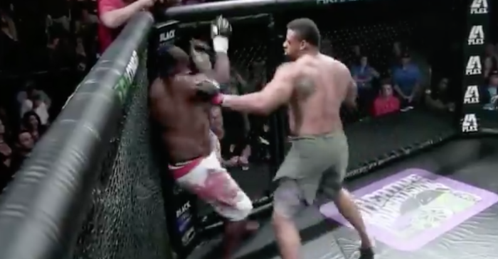 Former Pro Bowler turned MMA fighter wins another fight in less than a minute