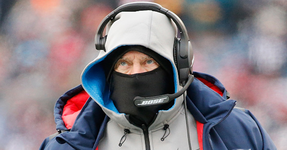 Former Patriots player calls out Bill Belichick for benching one-time Super Bowl hero