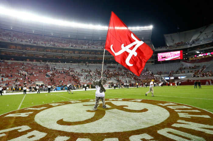 HBO Targets Alabama as 1 of 4 Teams for Incredible College Football Series