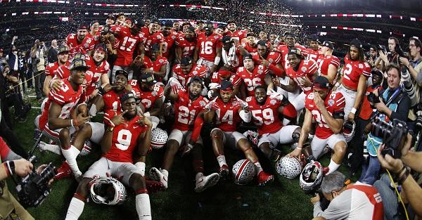 Huge 6'9″ Ohio State OT announces decision to transfer