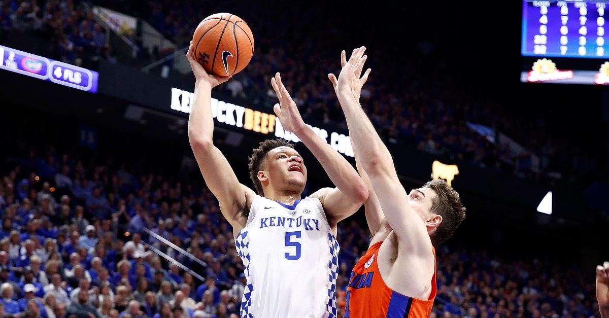 Kentucky suffers an upset and that means the end of two incredible streaks