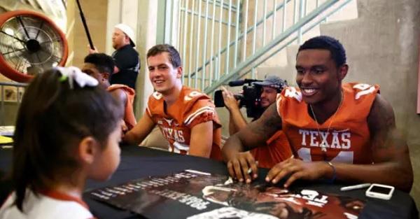 Former Texas QB, son of Alabama coach announces transfer destination