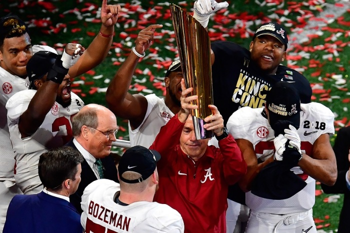 The final AP Poll of the season is out, and Alabama is not the unanimous No. 1 team