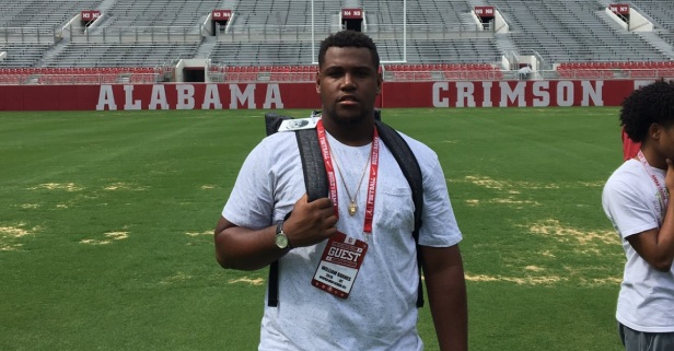 Four-star OT William Barnes says one school 'really high up' in his recruitment after latest visit