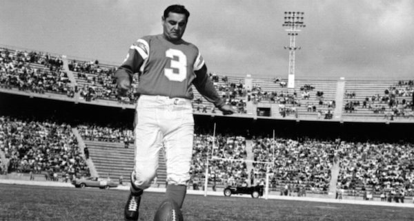 Two-time NFL champion passes away at age 98