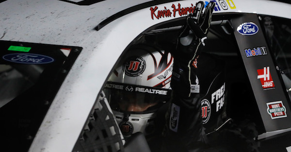 Kevin Harvick makes NASCAR history at Phoenix