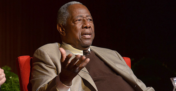 Hank Aaron Hammers Home Support for Athletes Not Attending White House