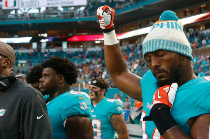 Anthem Protests Lead Florida Union to Urge Police Boycotts of NFL