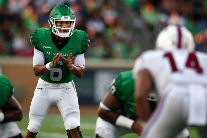 Mighty Fine: North Texas' QB Completes Nation-Best 40 Passes