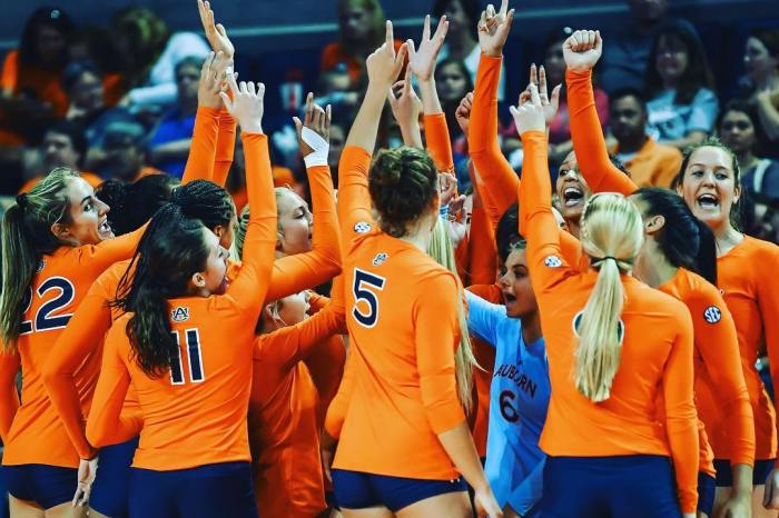 Auburn Volleyball Struggles Through 2018 Season with Young Team