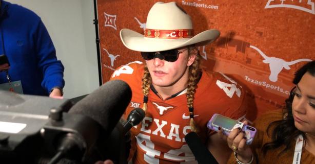 "Texas Longhorns Star DE Reprimanded, Apologizes for ""OU Still Sucks"" Jab"
