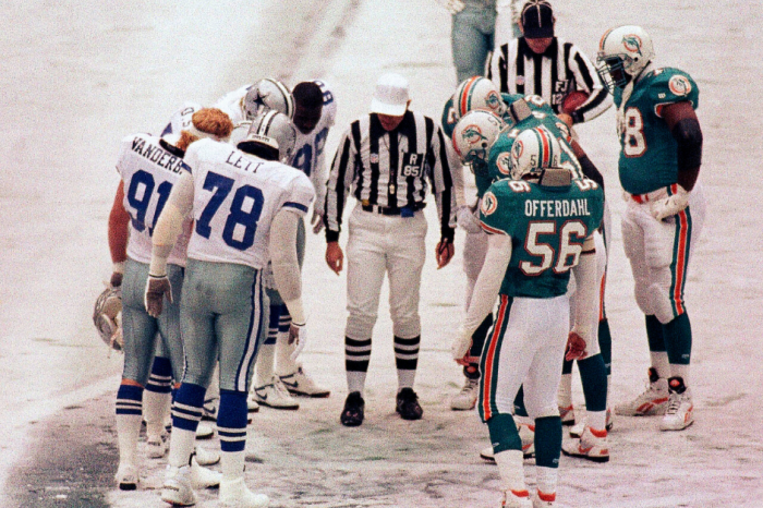 Relive 1993's Wild Cowboys-Dolphins Thanksgiving Showdown