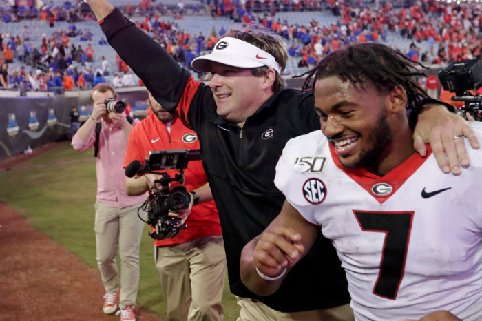 AP Top 25: Georgia Inches Closer; Navy Joins the AAC's Poll Crashers