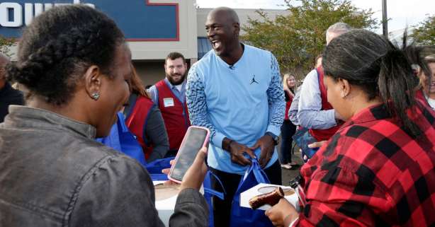 Michael Jordan Returns Home, Delivers Thanksgiving Dinners to Hurricane Victims