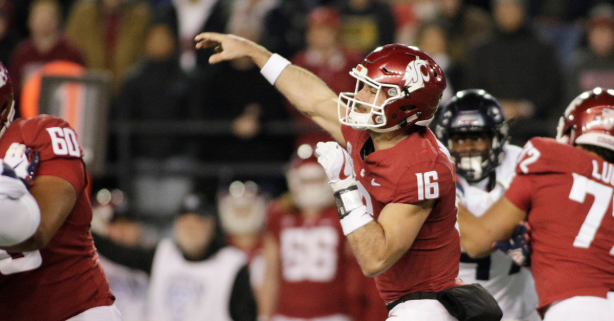 Gardner Minshew Tosses School Record 7 TDs as No. 8 Washington State Rolls