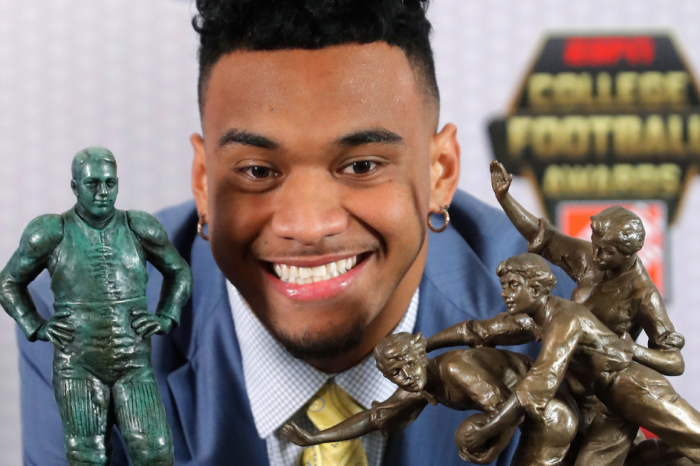 Alabama's Best Clean Up at the College Football Awards
