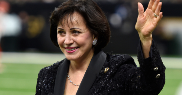 Silent Gesture by Saints, Pelicans Owner Becomes Christmas Miracle